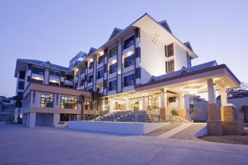 โรงแรมไอยรา แกรนด์ พาเลซ