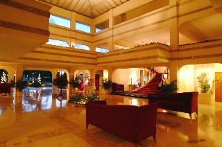 Royal by Rex Resorts