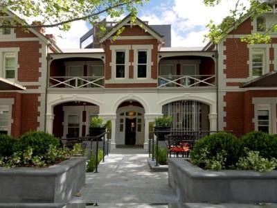 Best Western Premier Terrace