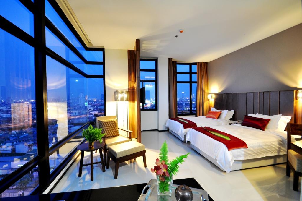 โรงแรม แกรนด์ โฮเวิร์ด