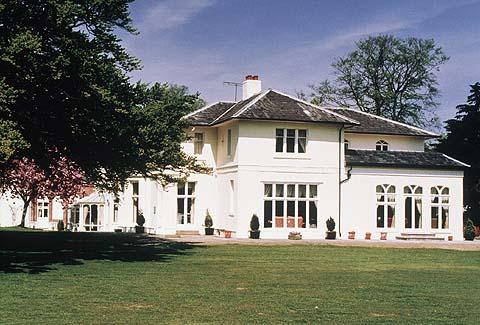 Llyndir Hall