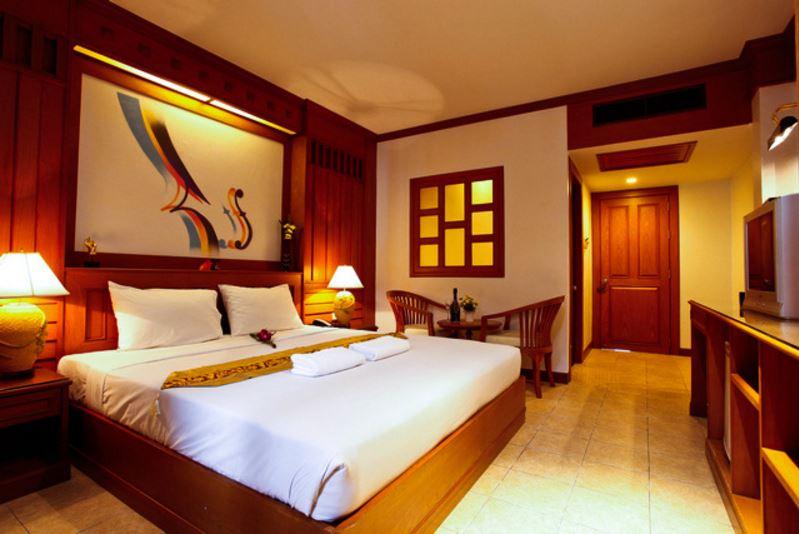 โรงแรมเซลโล ภูเก็ต