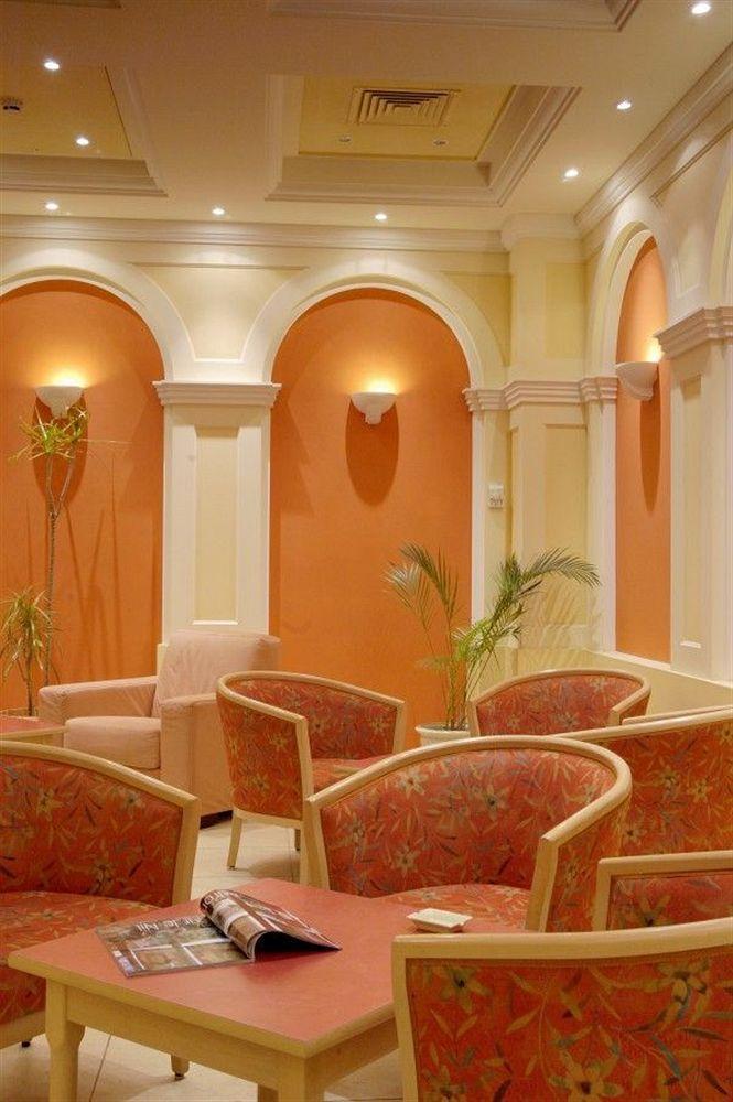 Regence Hotel