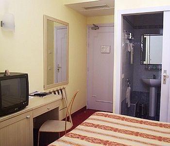 Les Cigales Hotel