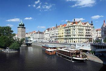 Boat Hotel Matylda