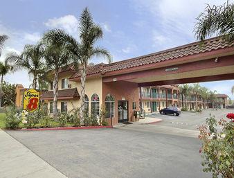 Super 8 Motel - Upland