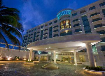 Sandos C. Luxury Experience