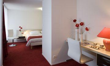 EXCLUSIVE HOTEL GRAN CARLINA