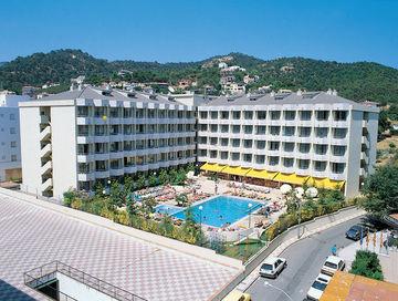 OASIS TOSSA DE MAR HOTEL