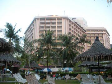 Bayview Beach Penang