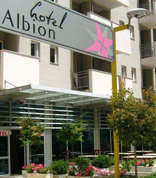 APARTMENT HOTEL ALBION