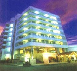 โรงแรมจัมโบเทล