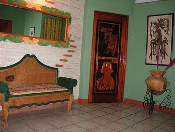 Eco Suites Uxlabil Guatemala City