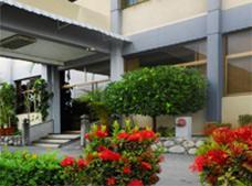 Hotel Las Quince Letras