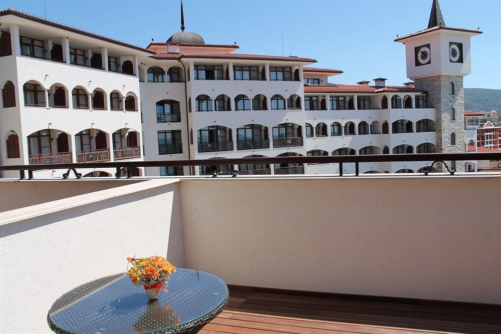 Helena VIP Villas and Suites