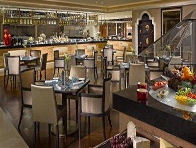 Dusit Thani Abu Dhabi Hotel