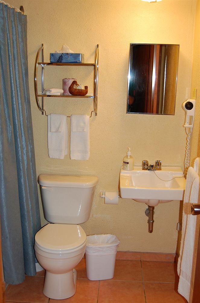 Sand Castle Suites Motel