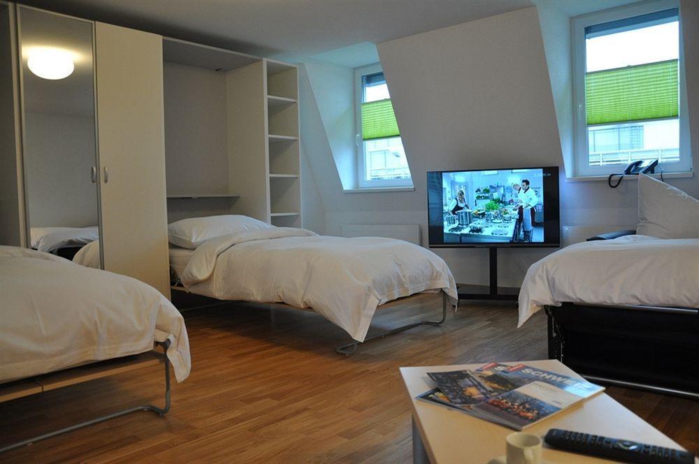 Apartments 79