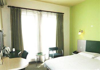 Motel168 Shanghai Huinan Inn