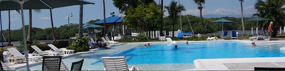 Puerto Azul Hotel & Club Nautico