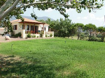 Gaea Gardens Studios and Villas
