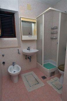 Apartment Maria - Di