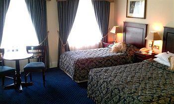 Maudlins House Hotel