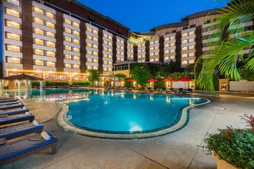 โรงแรม เดอะ เมาน์เทนบีช