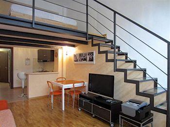 Temporary House - Milan Navigli