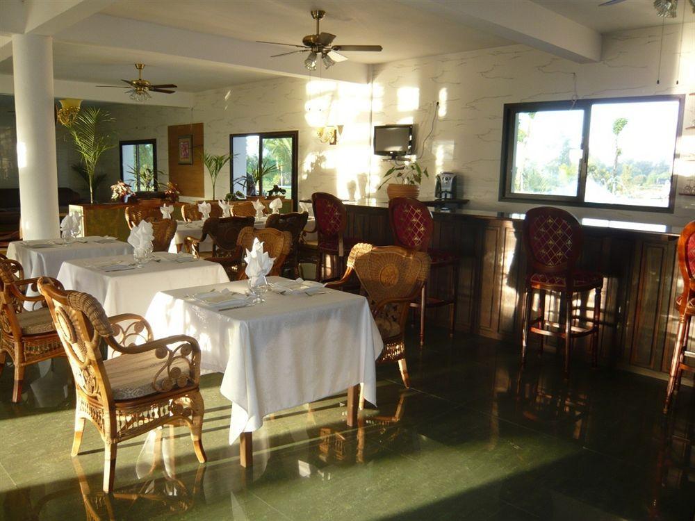 Sunny Golf Hotel