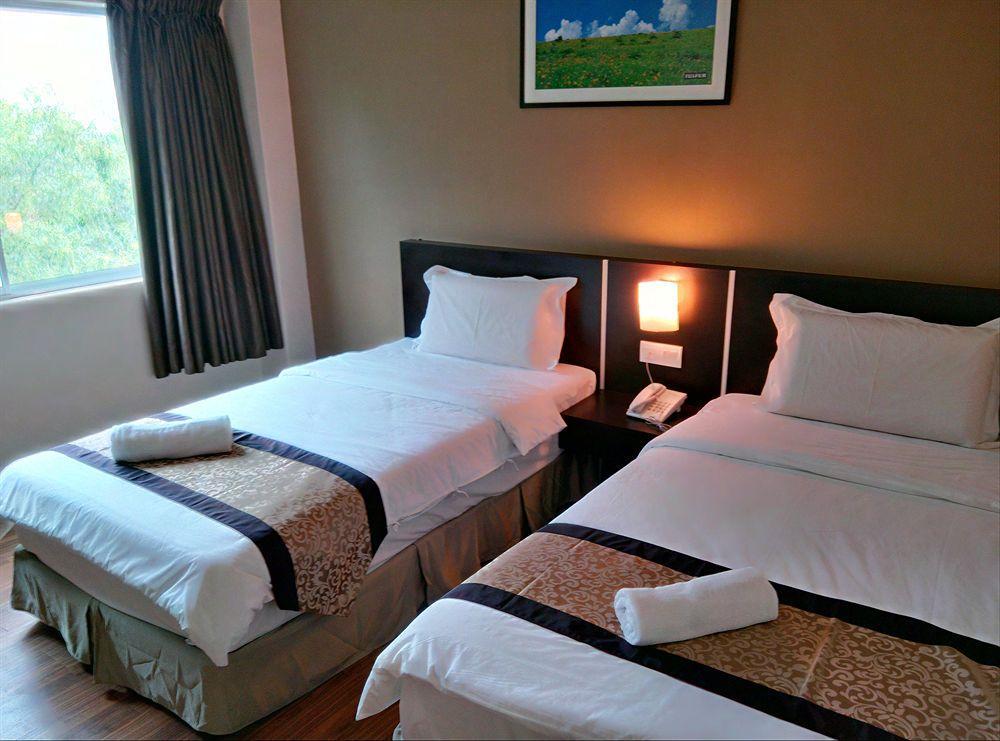 One Garden Hotel