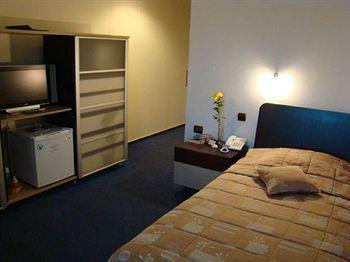 Hotel Dacia RRT