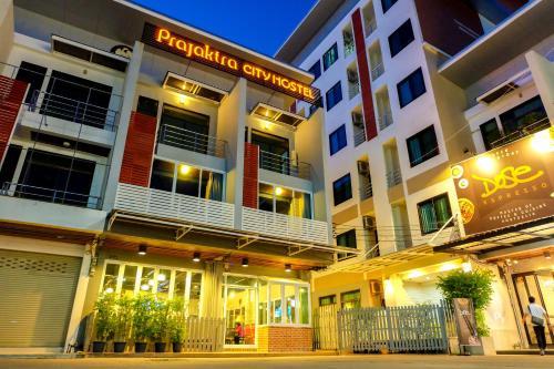Prajaktra City Hostel