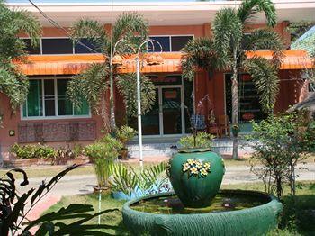 Baandin Resort and Restaurant