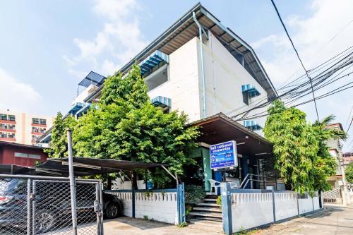 Riski Residence Bangkok-noi - Wasit Apartment
