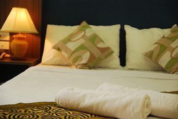 Riski Residence Bangkok-Noi Wasit Apartment