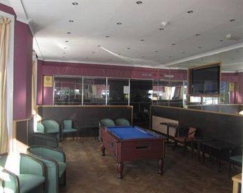 Lynden Court Hotel - Hostel