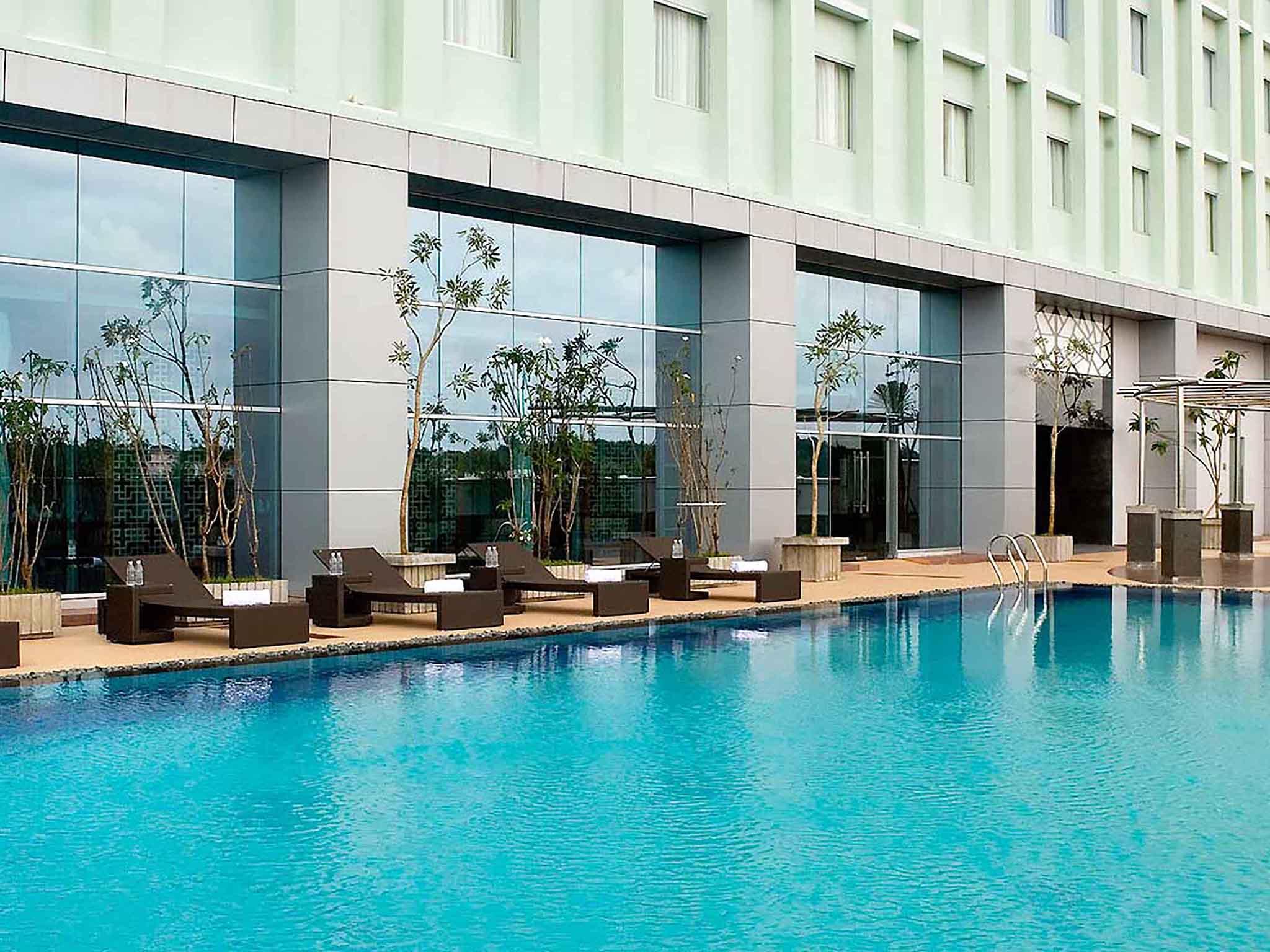 Novotel Bangka Hotel and Convention Center