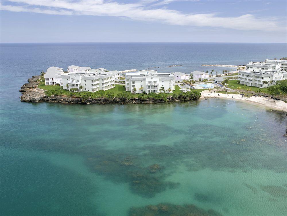 Grand Palladium Lady Hamilton Resort and Spa All Inclusive