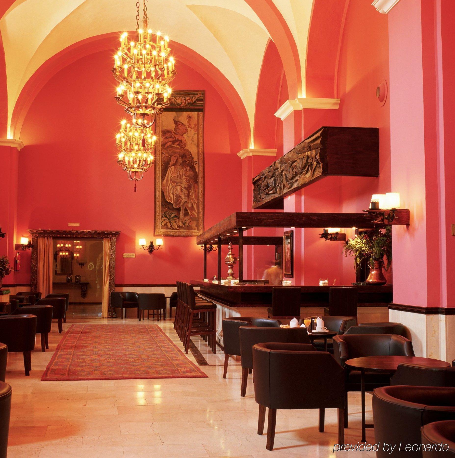 Parador San Marcos Leon Hotel