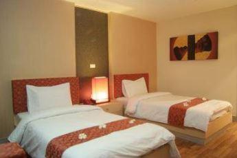 โรงแรม พนธารา