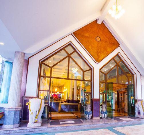 โรงแรม เอ็น เอช เอลลิแกนท์