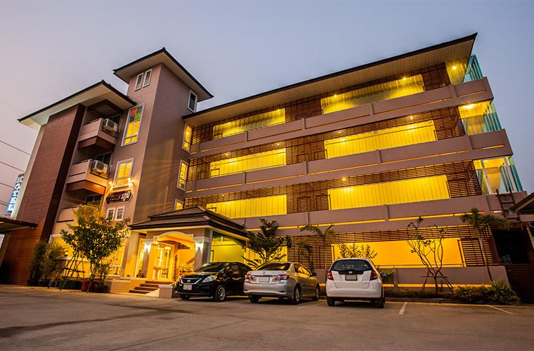 โรงแรม บ้านแสนภูมิ