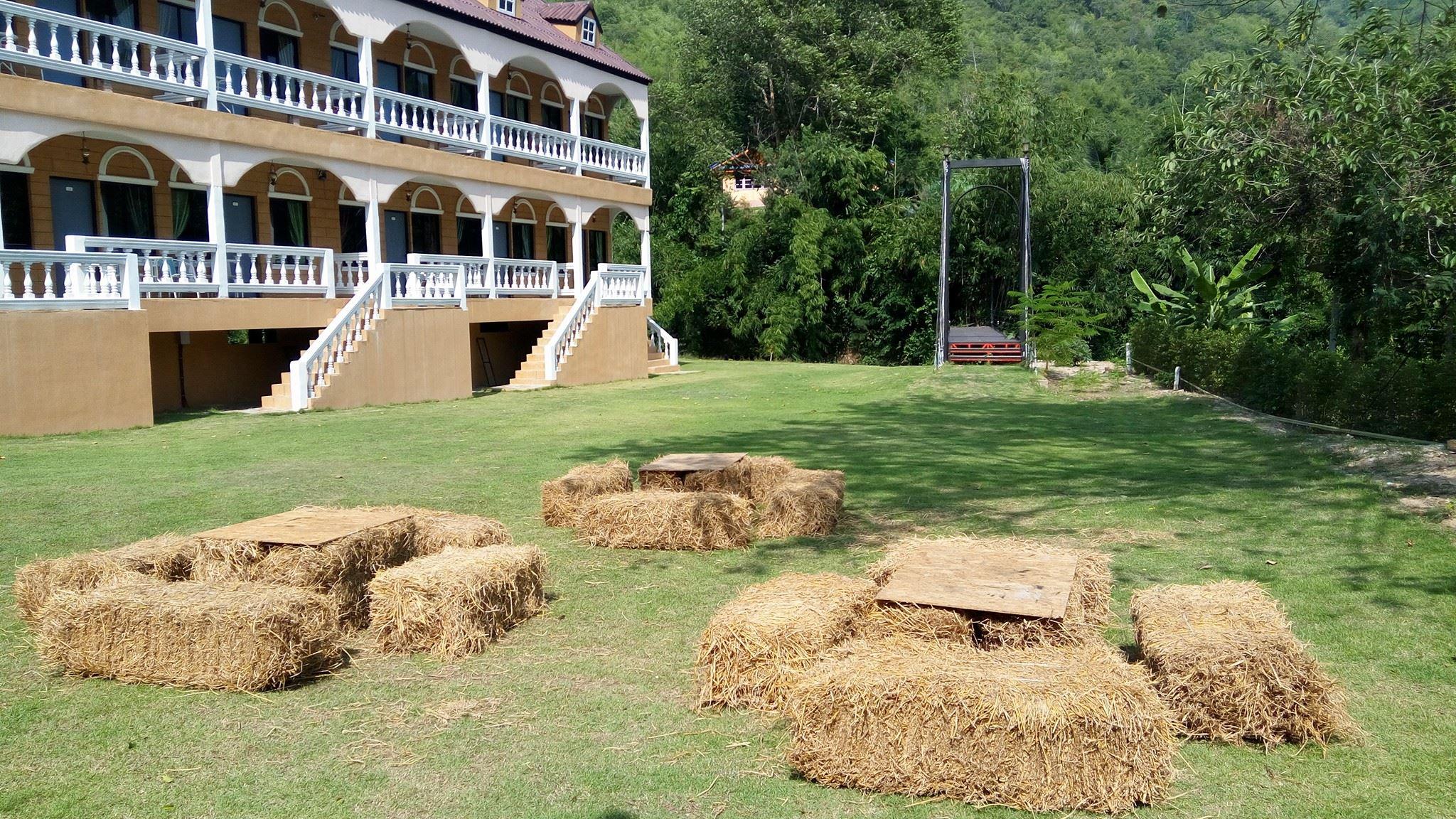 Stamp Hills Resort