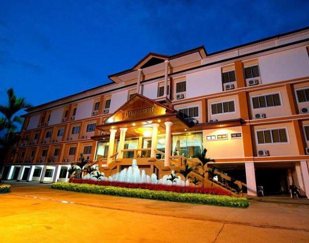 โรงแรม ภูทองเพลส