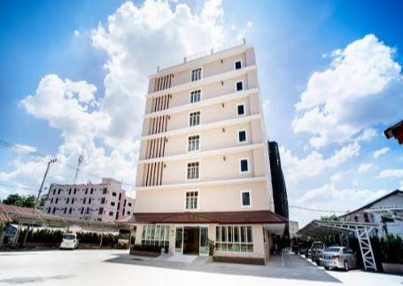 โรงแรม พี เอ ธานี