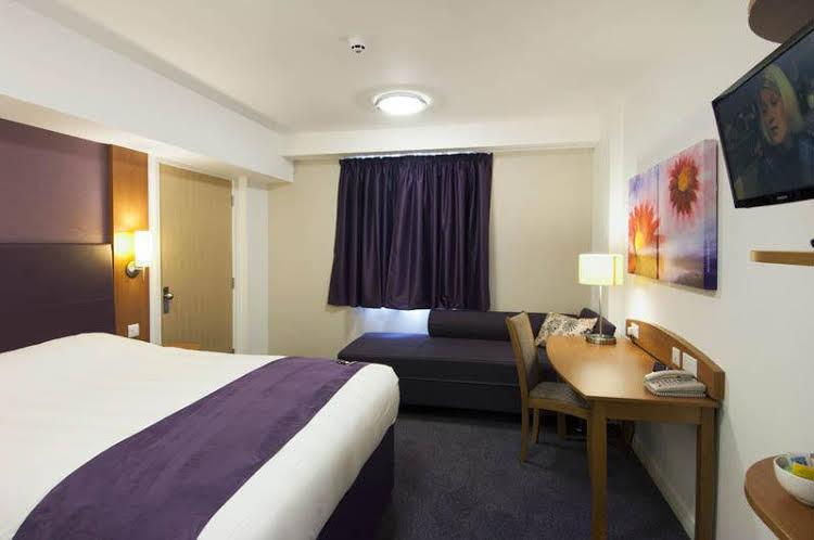 Premier Inn Bournemouth East