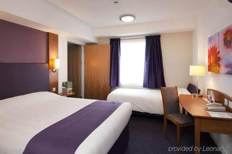 Premier Inn Manchester (Prestwich)