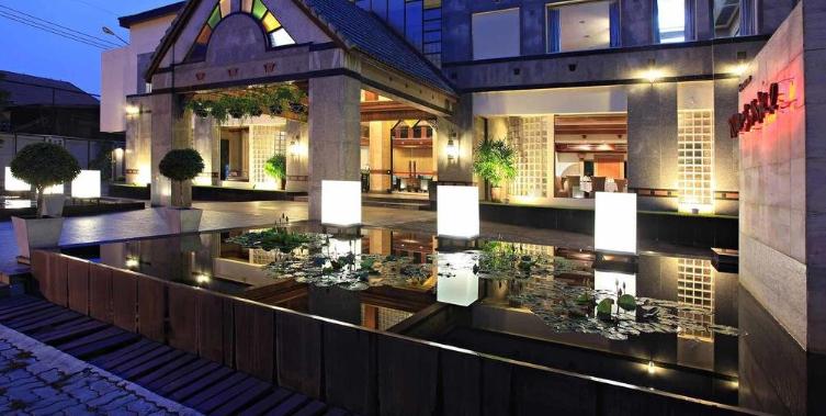 Tohsang City Hotel