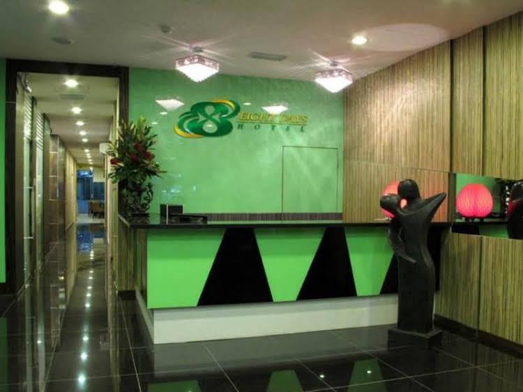 Eight Days Boutique Hotel (Permas Jaya)
